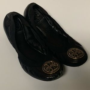 Tory Burch Black Leather Ballet Flats Caroline ?